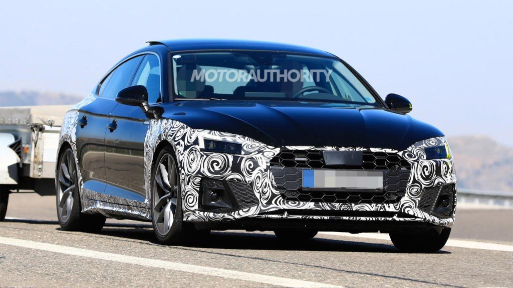 2021 Audi A5s Images