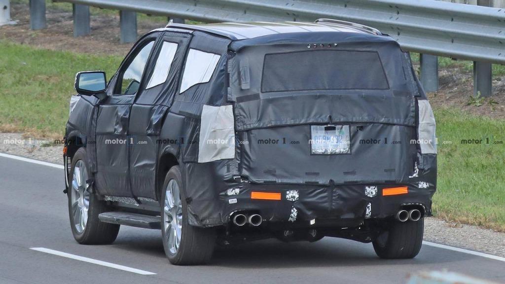 2021 Chevrolet Suburban Concept