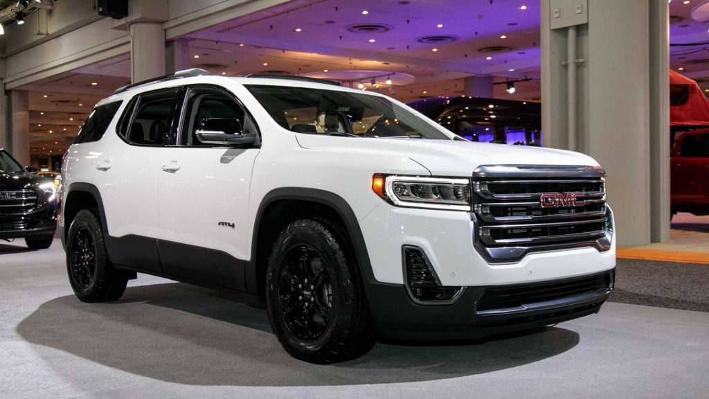 2021 GMC Acadia Spy Photos