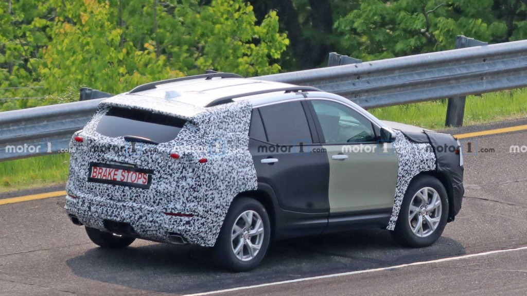 2021 GMC Terrain Spy Photos