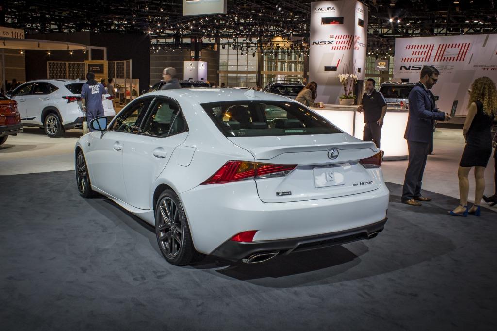 2021 Lexus IS350 Images