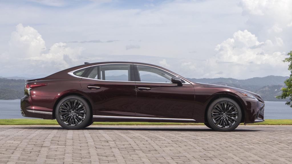 2021 Lexus LS Powertrain