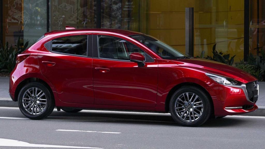2021 Mazda 2 Drivetrain