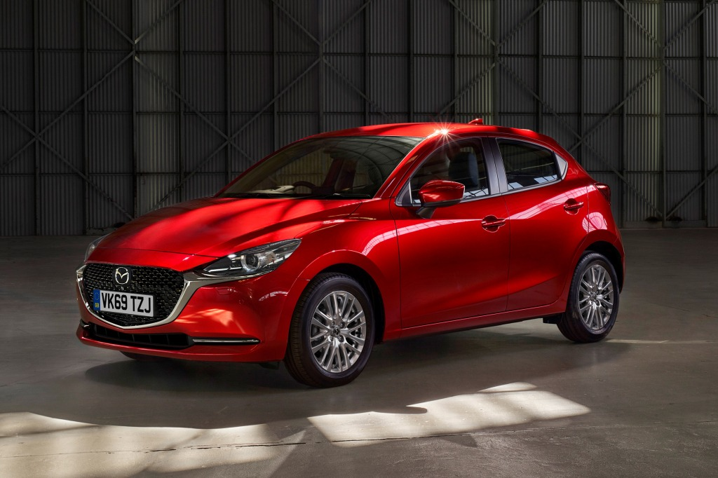 2021 Mazda 2 Pictures