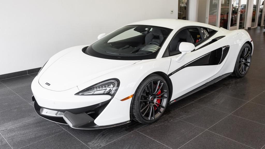 2021 McLaren 570S Coupe Interior