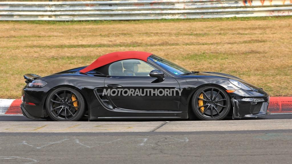 2021 Porsche Boxster Spyder Interior