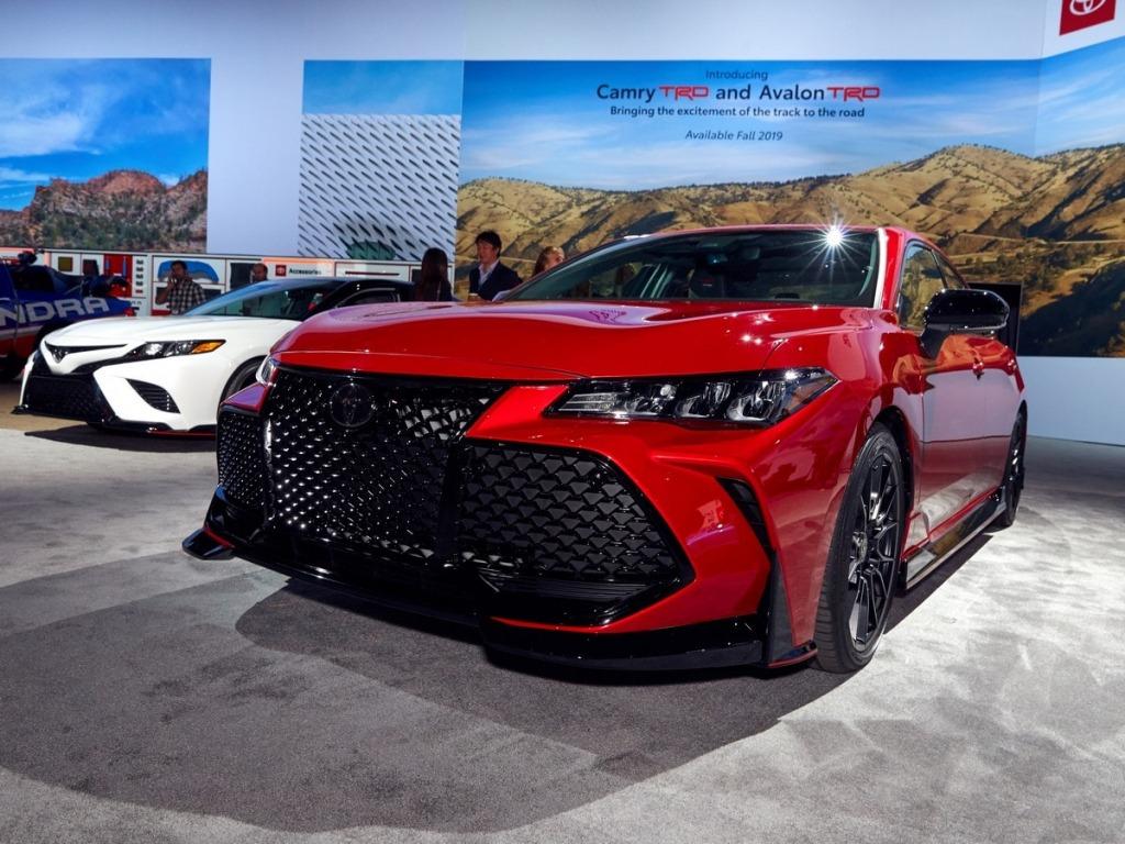 2021 Toyota Avalon Images