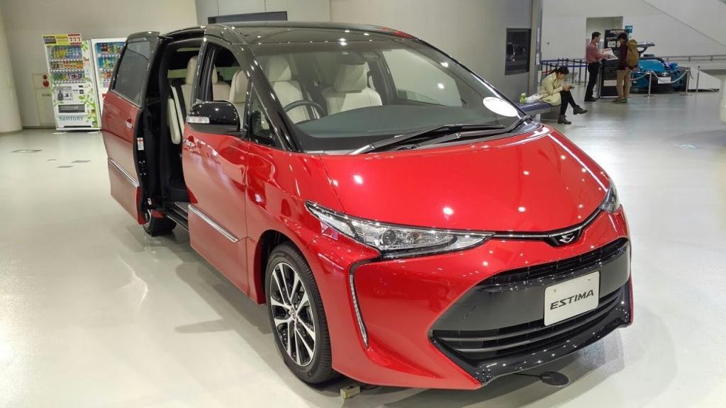 2021 Toyota Estima Spy Shots