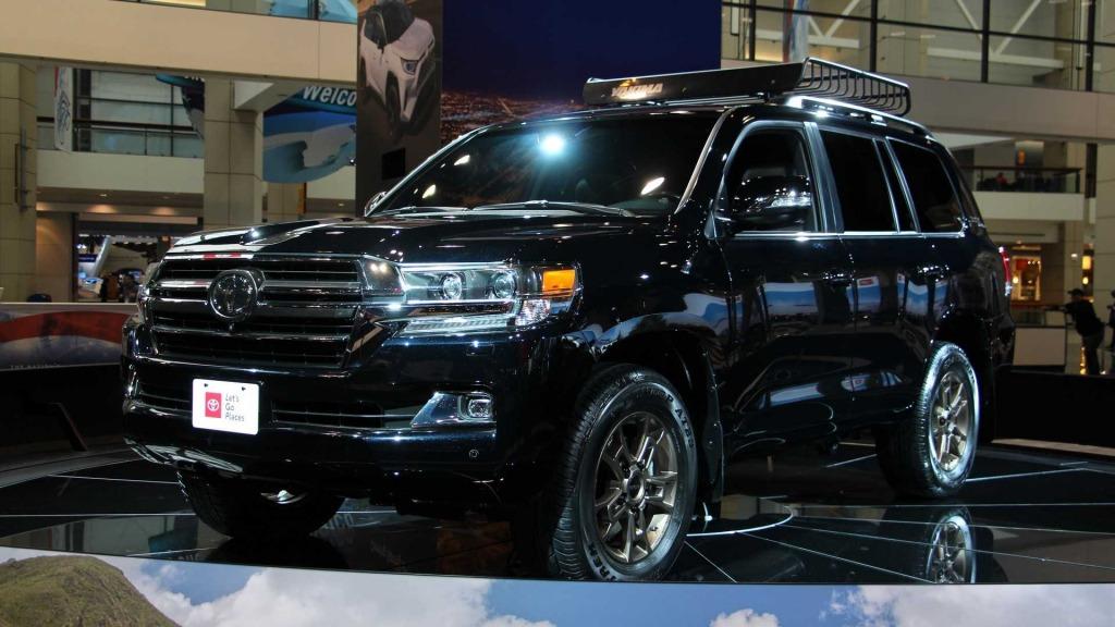 2021 Toyota Land Cruiser Images
