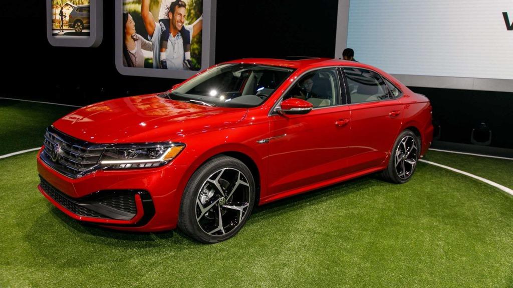 2021 Volkswagen Passat Images