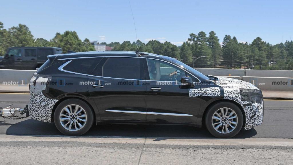 2021 Buick LaCrosses Concept