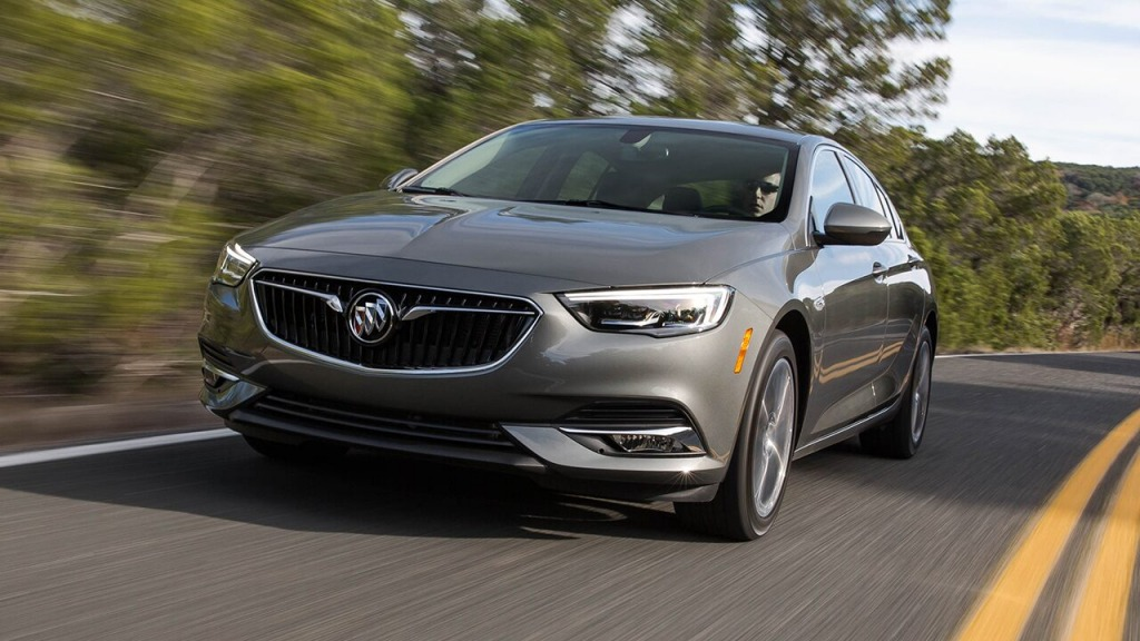 2021 Buick Regal Images