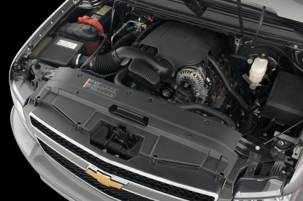 2021 Chevy Avalanche Wallpaper