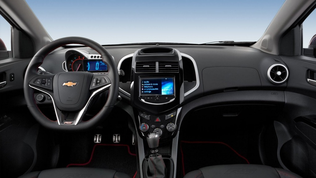 2021 Chevy Sonic Images