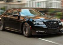 2021 Chrysler 300 srt 8 Specs
