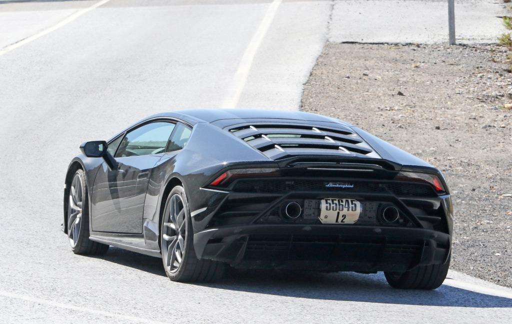 2021 Lamborghini Huracan Pictures