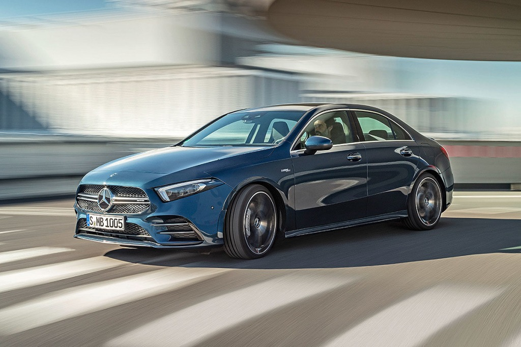 2021 Mercedes CLA 250 Pictures