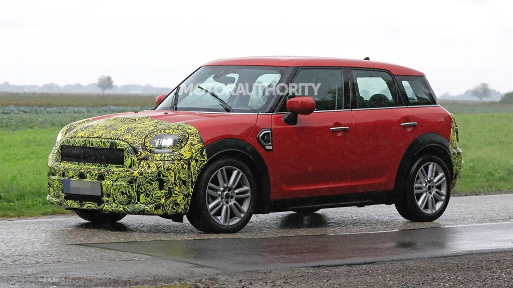 2021 Mini Cooper Countryman Spy Photos