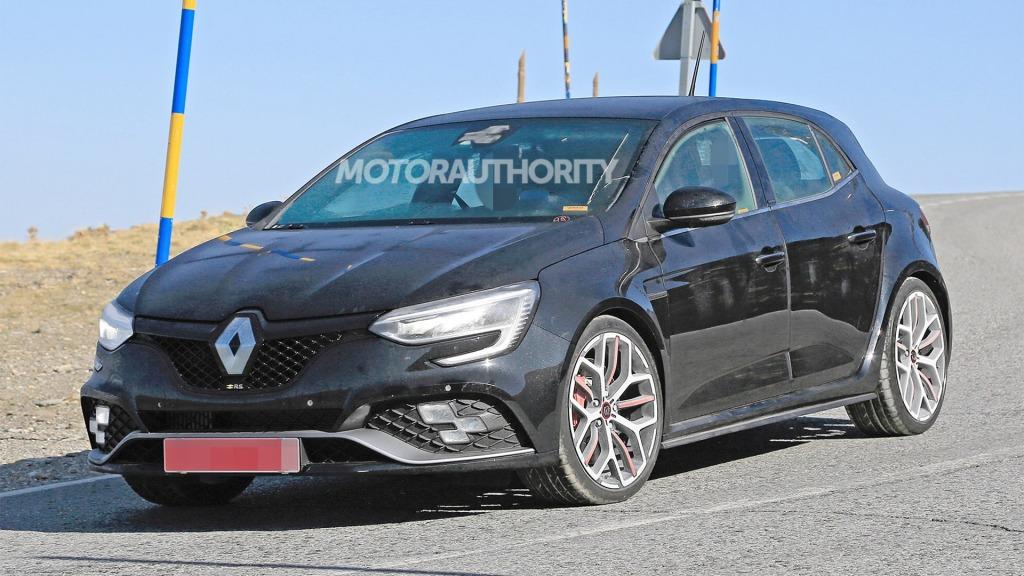 2021 Renault Megane SUV Images