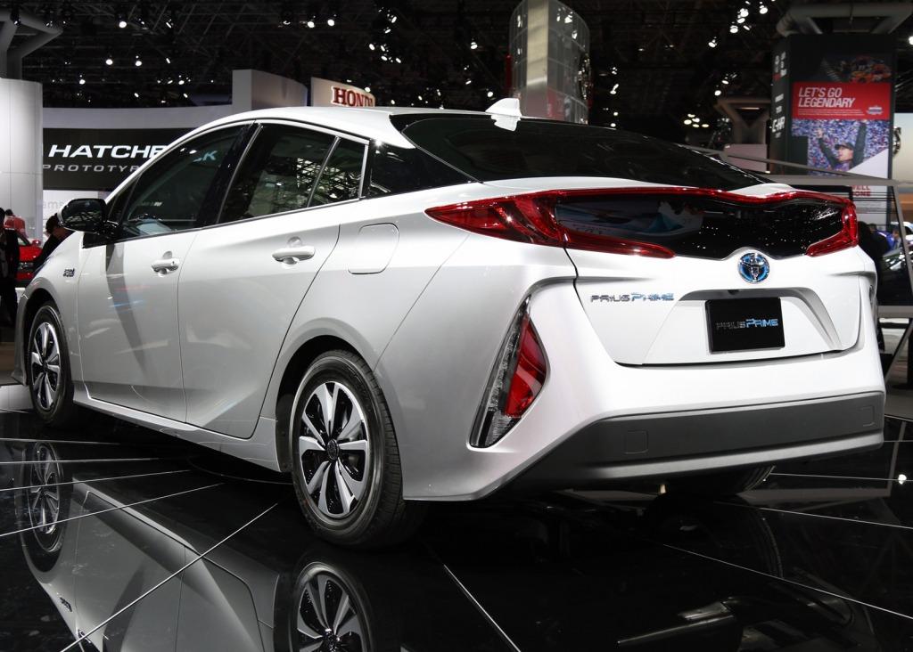 2021 Toyota PriusPictures Engine