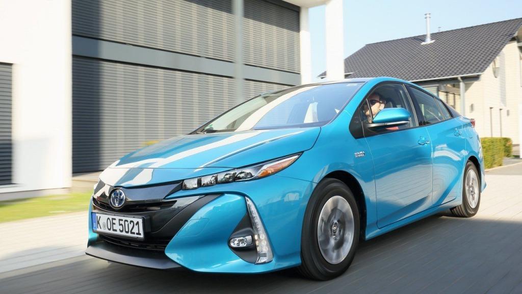 2021 Toyota PriusPictures Images