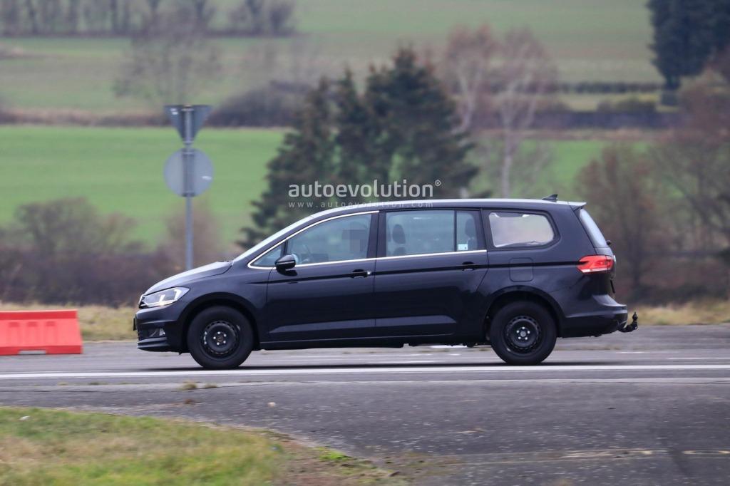 2021 Volkswagen Sharan Images