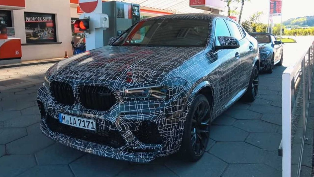 2021 BMW X6 Wallpaper