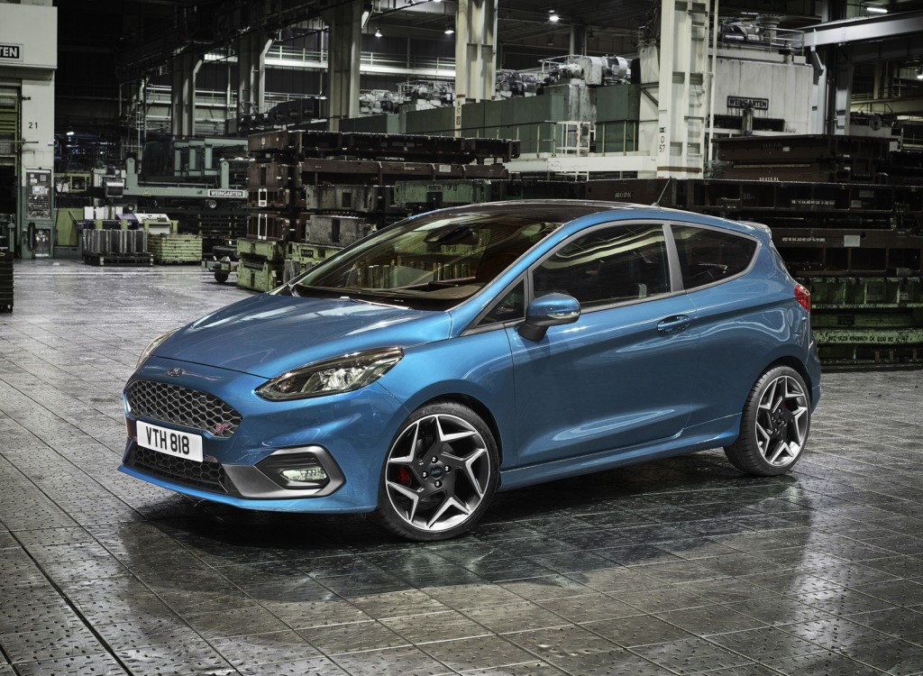 2021 Ford Fiesta Images