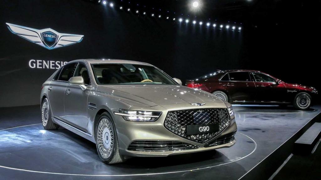 2021 Hyundai Equus Pictures