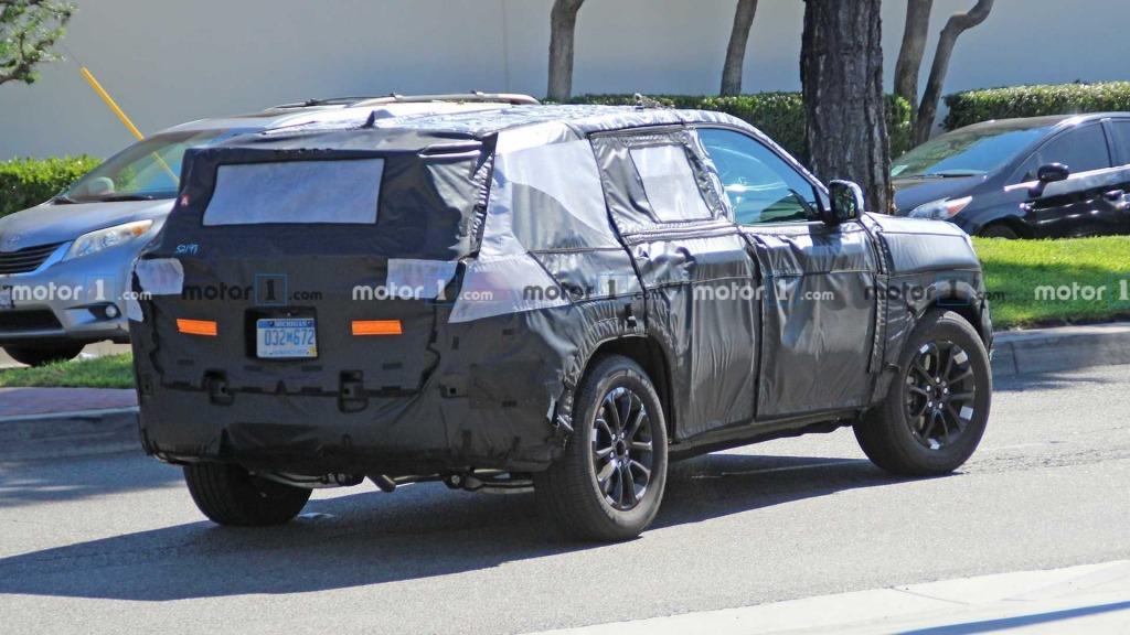 2021 Jeep Grand Cherokee Drivetrain