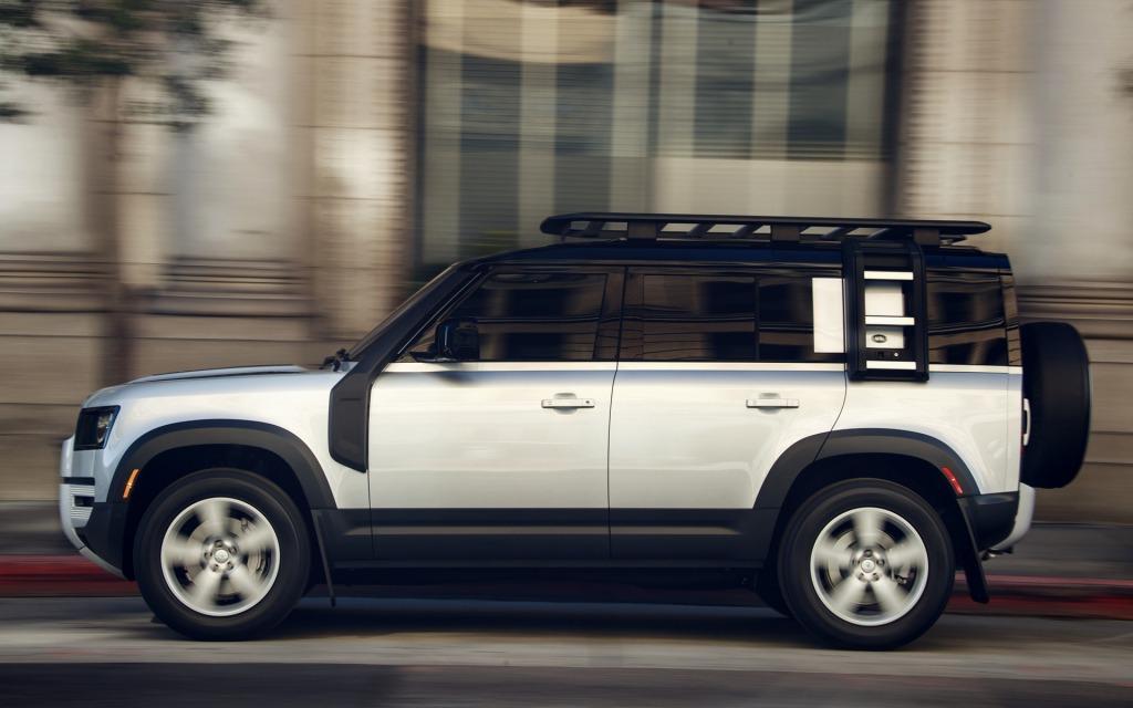 2021 Land Rover Defender Images