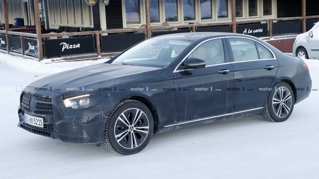 2021 MercedesBenz EClass Pictures