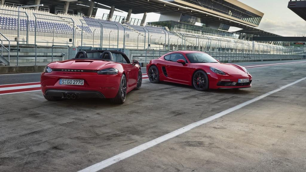 2021 Porsche Boxster S Pictures