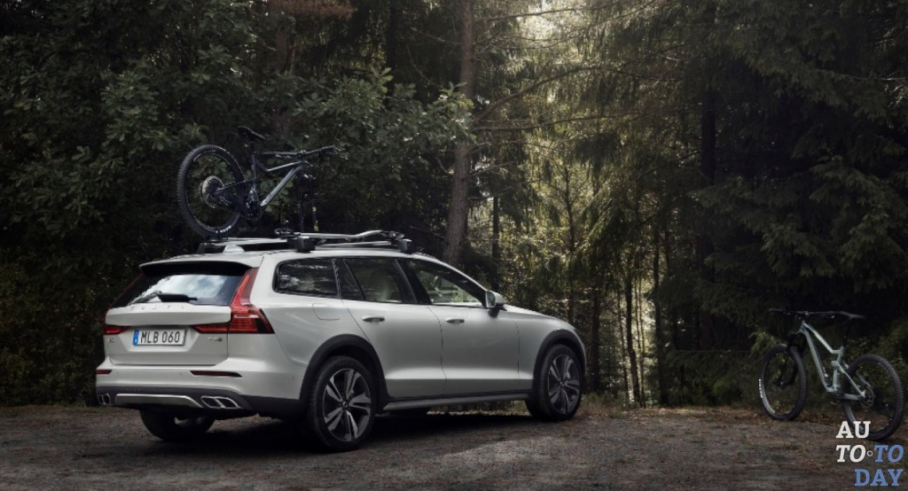 2021 Volvo Xc70 Wagon Spy Photos