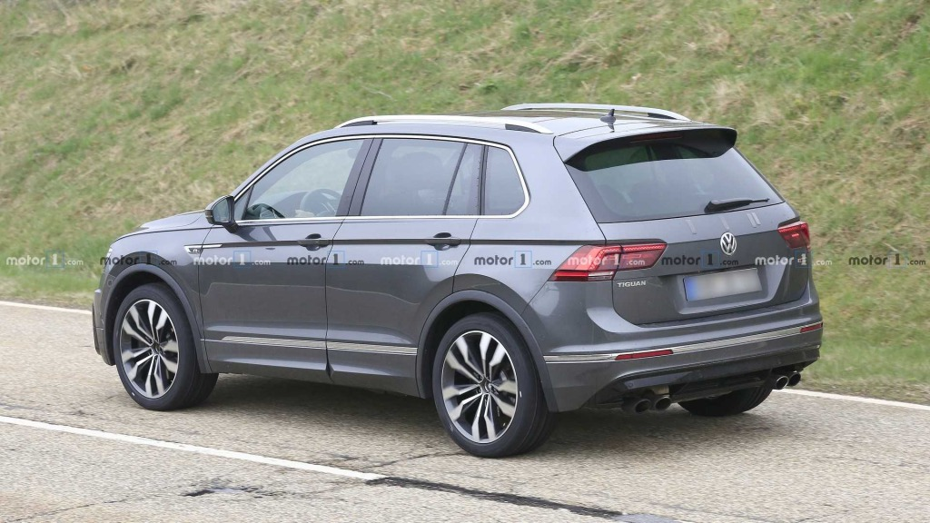 2021 VW Tiguan Pictures