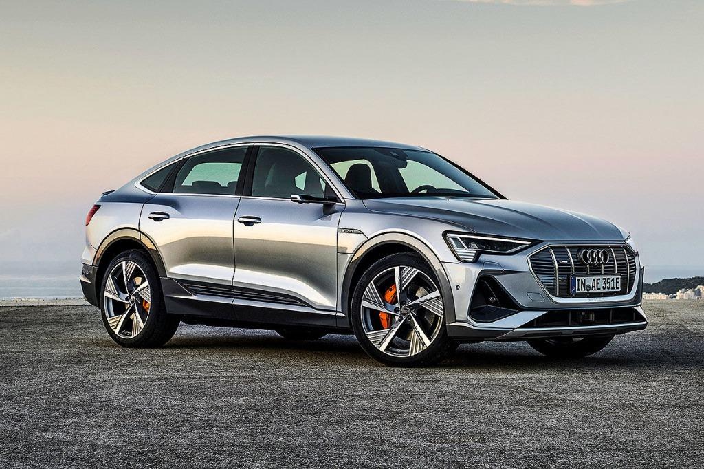 2021 Audi Q3 Pictures