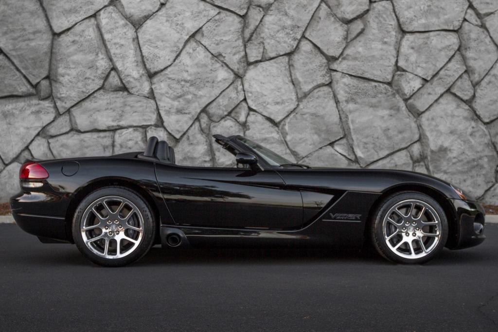 2021 Dodge Viper Roadster Exterior